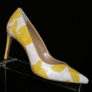 Banana Republic Madison yellow floral heels 6M